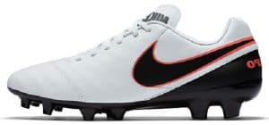 It Has A Leather Upper Which Is Great For Players With Wider Feet Very Lightweight So Easy To Move Around