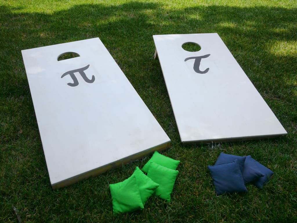 3 Best Cornhole Bags You Can Get | Duck Cloth, Corn, Plastic Pellets And Buying Guide.