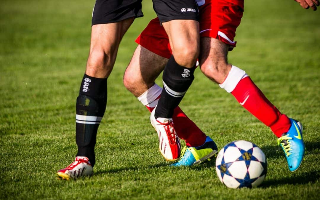 13 Best Soccer Cleats for Wide Feet – 2019 Selection, Buying Guide, Positions And Ground!